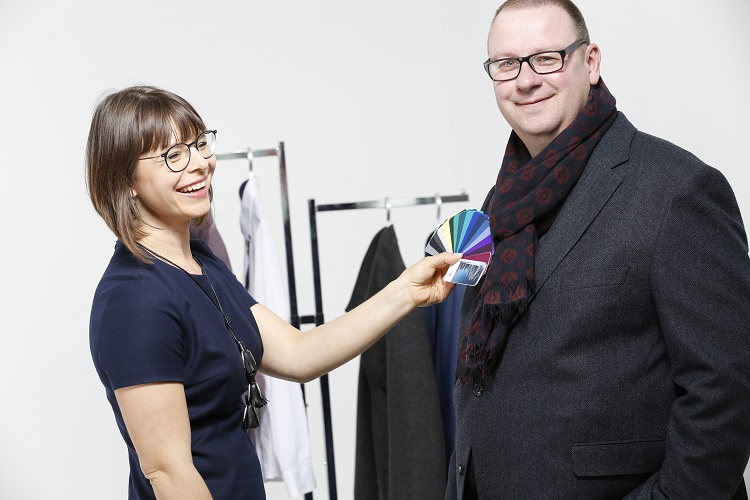 Typberatung München, Farbberatung mit Style Advisor Twins