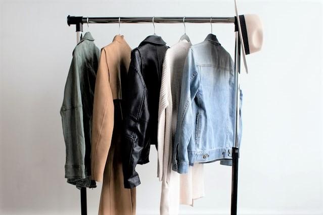 Kleiderschrank-Check Online, aussortieren und aufwerten